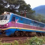 A train bound for Da Nang