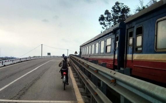 Tu and the train
