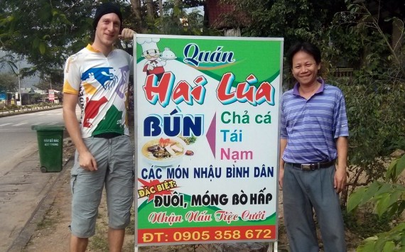 Hai Lua makes us a great Bún to start the day!