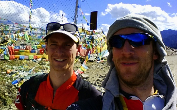Happy chappies at 4400 m